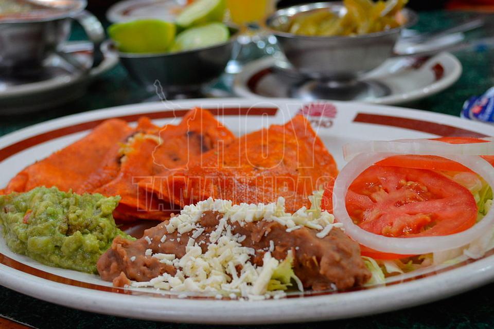 Enchiladas De San Luis Potosi Pictures to Pin on Pinterest ...