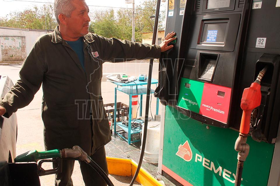 La gasolina caliente la bomba de combustible