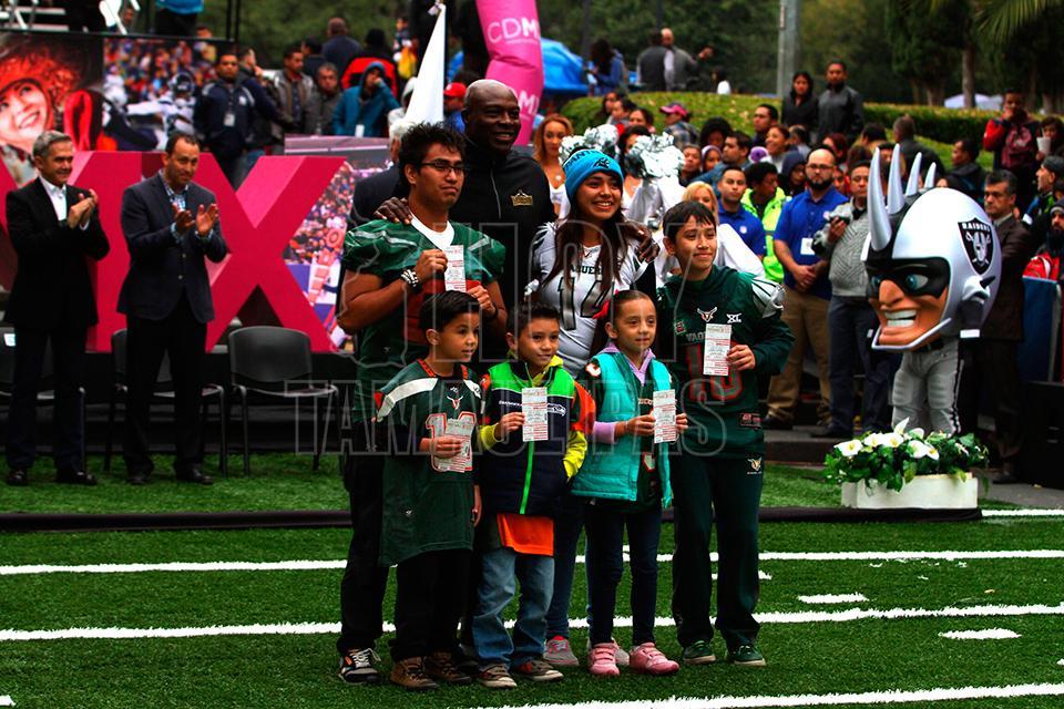 Hoy Tamaulipas - Raiders-Texanos marca el regreso de la NFL a Mexico tras  15 anios de ausencia a390ab5c938