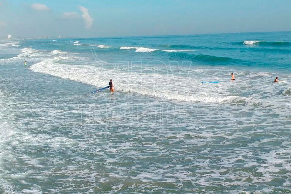 Follando a madres en la playa for Pillados follando en la piscina