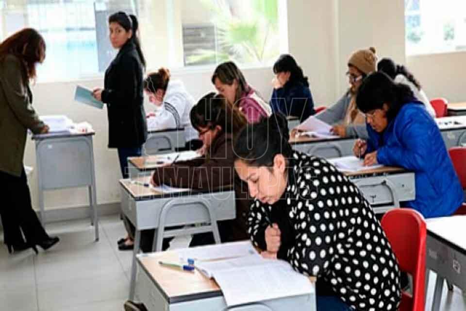 Hoy tamaulipas casi 37 mil maestros participaron en for Concurso para maestros