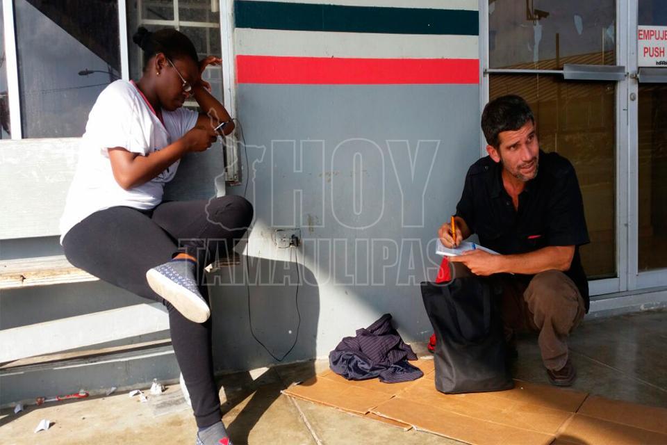 Hoy Tamaulipas - Pasan hambre y frio en Matamoros cubanos rechazados ...