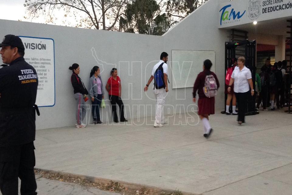 escorts en victoria escuela secundaria