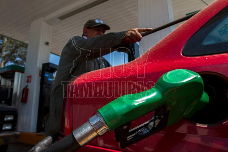 La revocación de la beca el gasto de la gasolina para 100 km