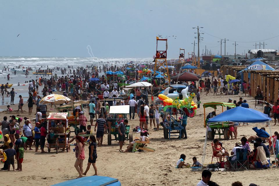 Playa en semana santa 3
