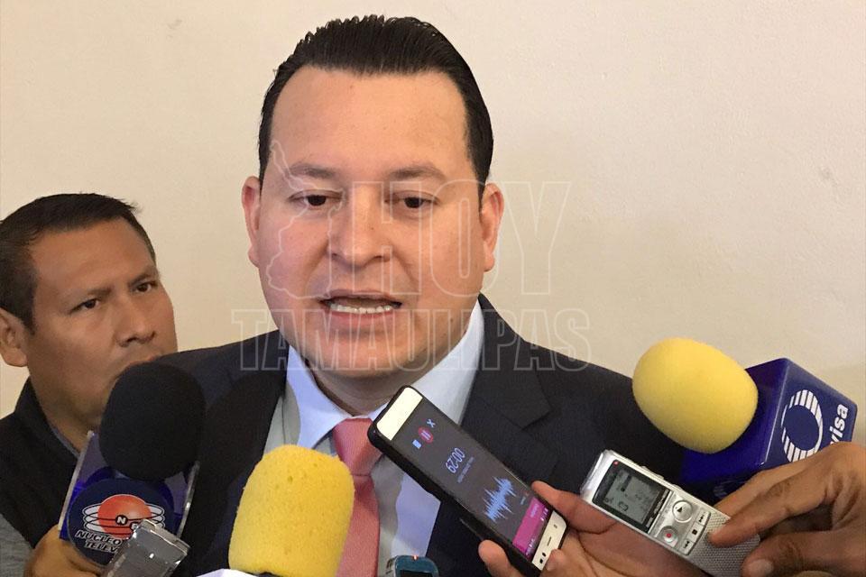 Hoy tamaulipas espera ietam buena relacion de trabajo for Presidente mesa electoral