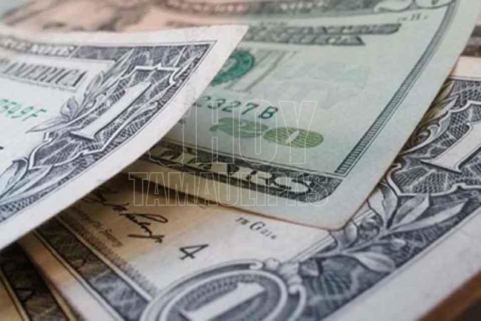 Esta Mañana El Dólar Libre Cedió Dos Centavos En Comparación Con Cierre De Ayer Al Ofert Hasta 18 51 Pesos Y Se Adquiere Un Precio Mínimo