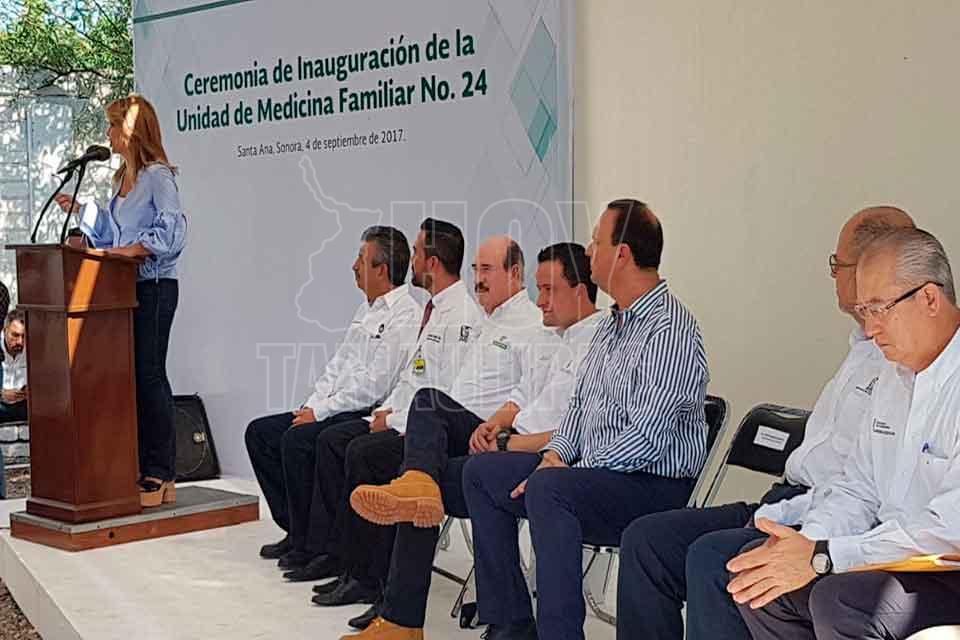 Resultado de imagen para Supervisan Gobernadora Pavlovich y Director de IMSS nuevo hospital para Nogales