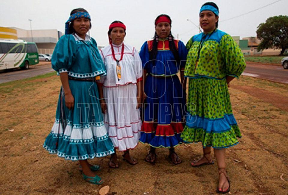 253a06ef7fdb8 Hoy Tamaulipas - Mujeres raramuris conquistan el mundo de la moda