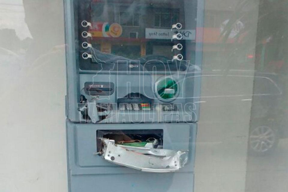 Hoy tamaulipas roban cajero automatico de presidencia en for Cajeros automaticos banco santander