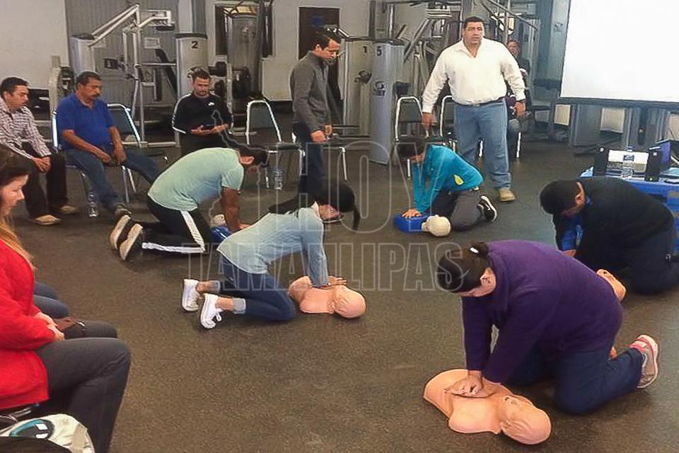 Hoy tamaulipas capacitan sobre rcp a instructores del for Gimnasio victoria