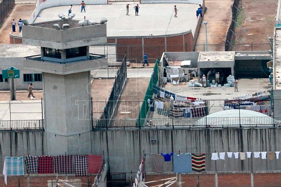 Hoy tamaulipas rinia en penal neza bordo deja dos for Ministerio de seguridad telefonos internos