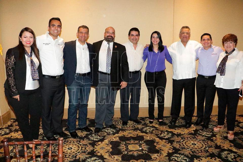 Los Candidatos Del PRI Al Senado De La Repblica Yahleel Abdala Carmona Y Alejandro Guevara Cobos Sostuvieron Un Encuentro Con Representantes Aduaneros