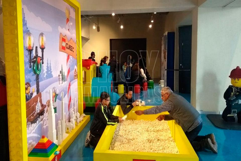 Recrean el Polo Norte con Lego