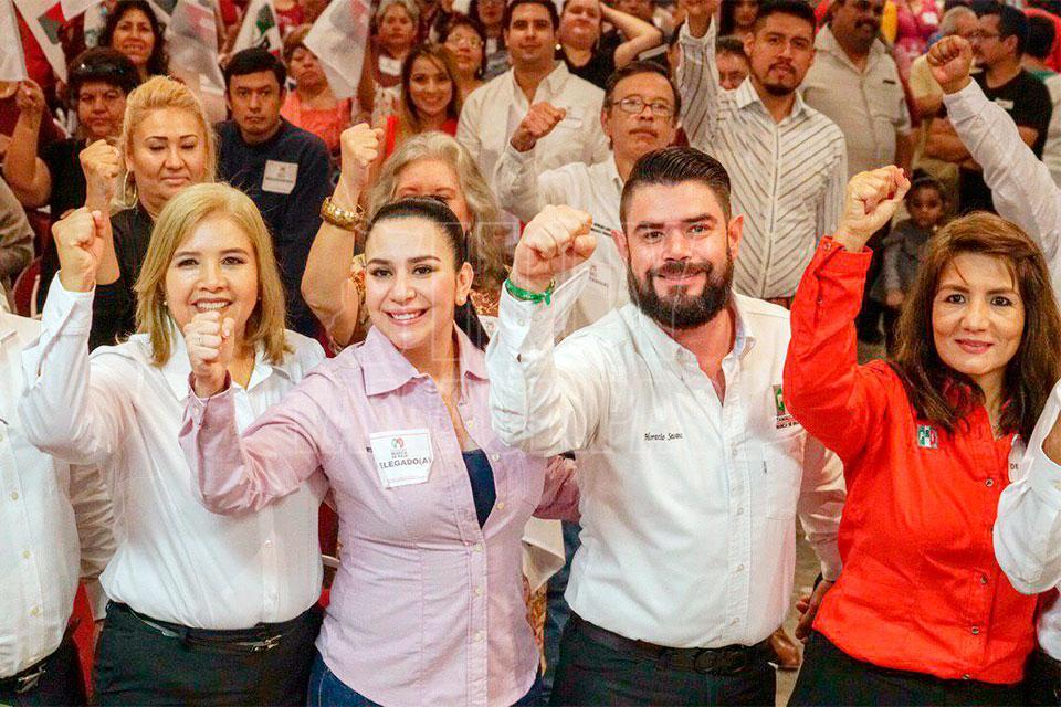 Al Presidir La Convencin De Delegados Del Distrito 01 Nuevo Laredo Presidente CDE PRI Yahleel Abdala Carmona Hizo Un Llamado A Los Aspirantes