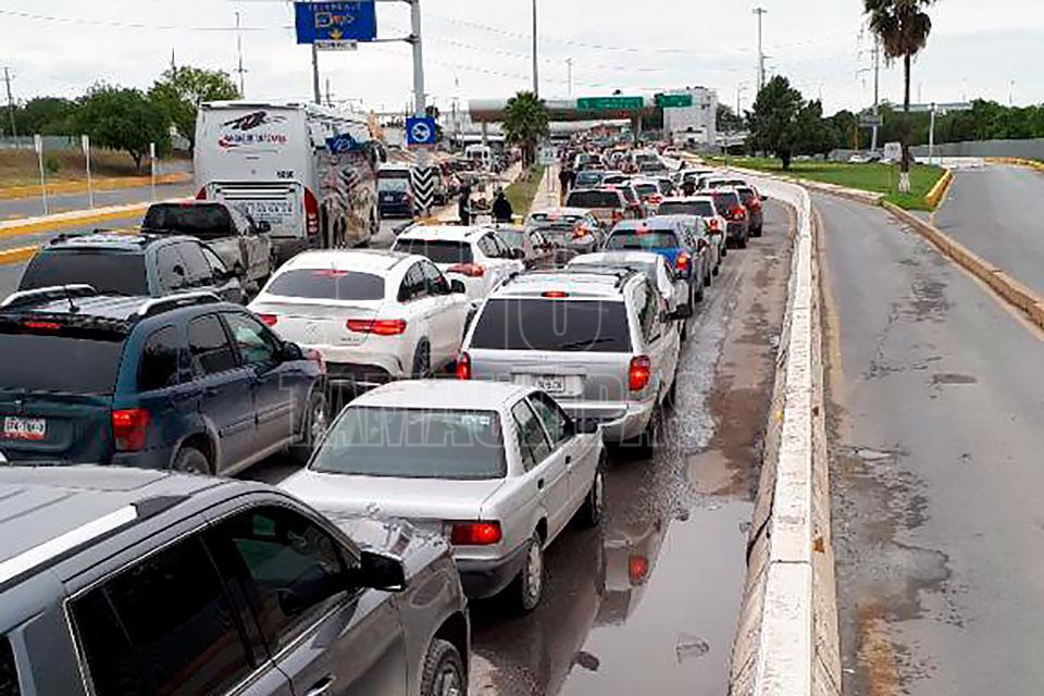 Hoy Tamaulipas - Podrian cerrar a autos ligeros el Puente