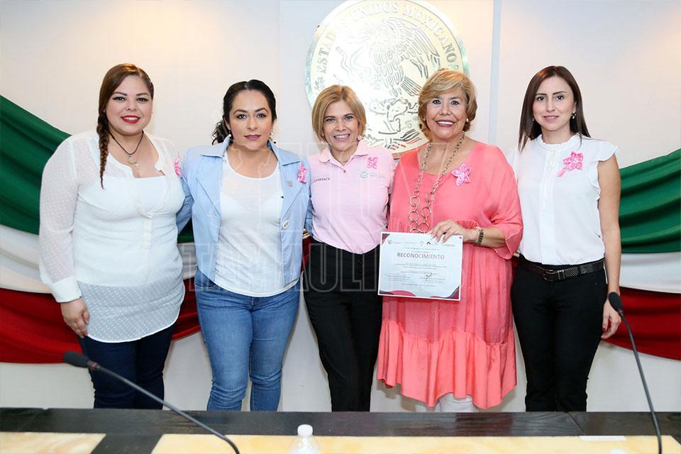 Hoy Tamaulipas Imparten Conferencia Motivacional A Mujeres