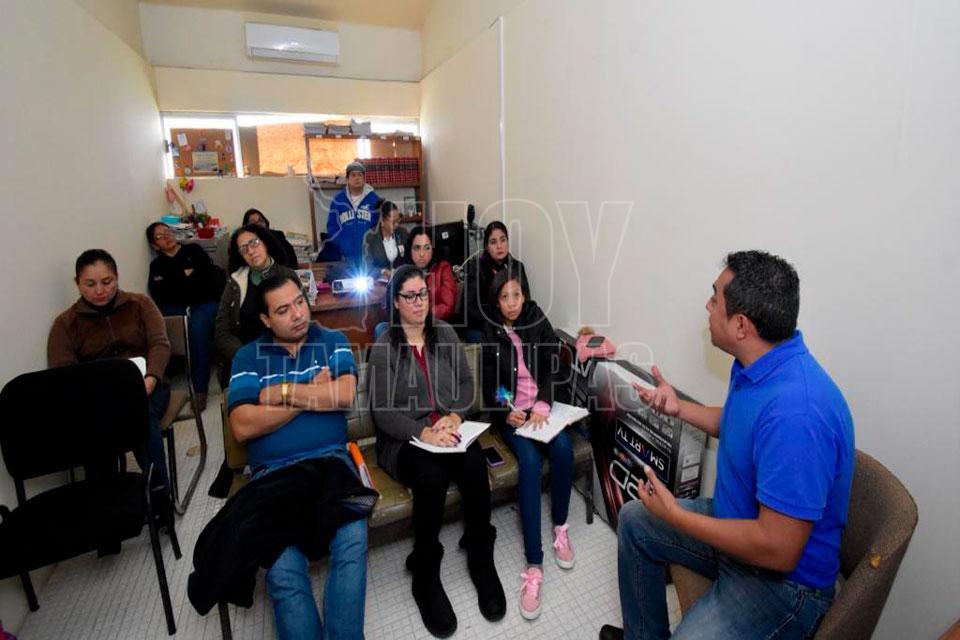 "Sistema DIF Altamira implementa el taller ""Hijos difíciles, padres permisivos"" - Hoy Tamaulipas"